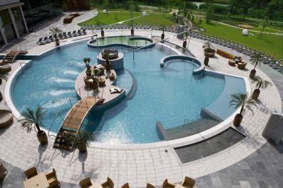 Constructie si izolare piscine din liner for Constructie piscine