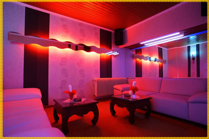 Night Club Germania - Dame de companie