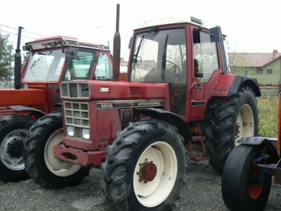 Tractor International 955 XL