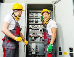 Electricians – The Netherlands, Germany (2440€/netto/month)
